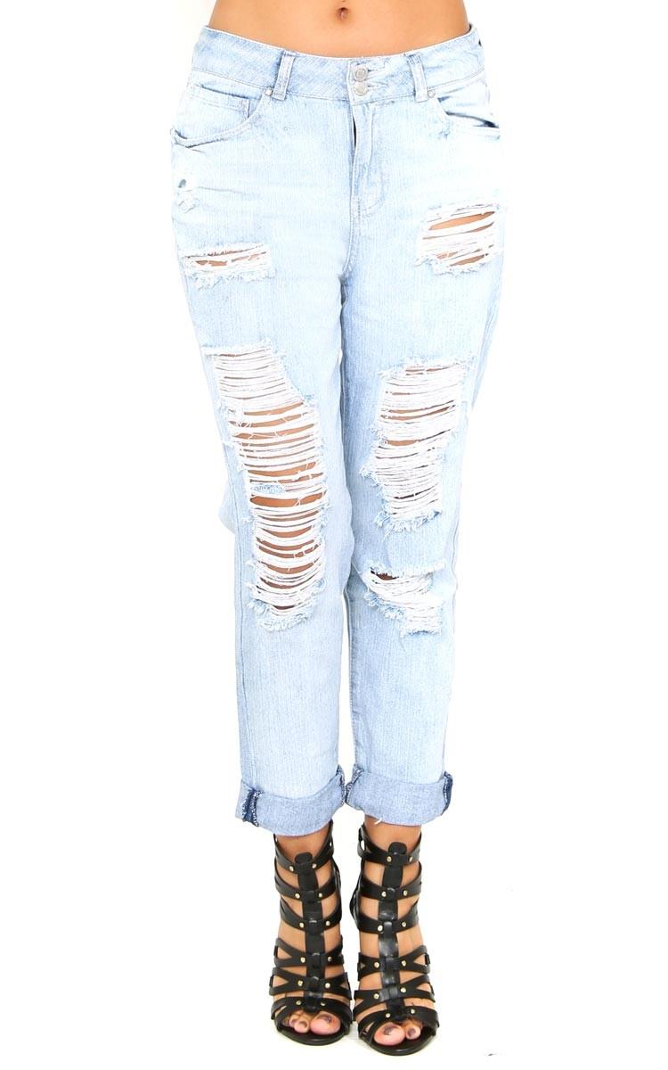 Straight struttin' boyfriend jeans