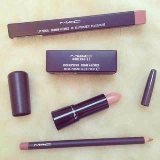 make-up lipstick mac cosmetics cosmetics valentines day gift idea