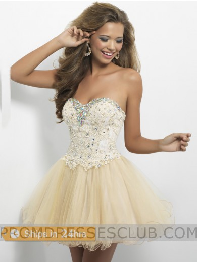 Hot Sale A-line Sweetheart Tulle Short Lace Rhinestones Homecoming Dresses