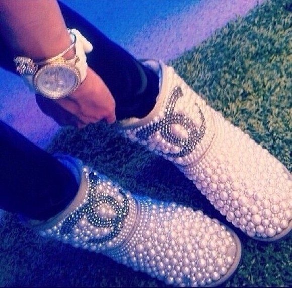 shoes pearls cute uggs fall fashion