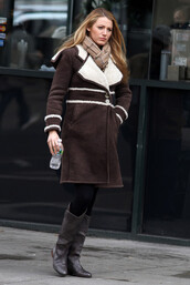 coat,sherling-coat,brown shoes,jacket