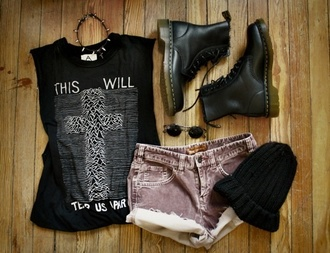 shirt hipster pretty combat boots grunge goth high waisted shorts cross beanie shorts shoes high waisted vintage levi's denim denim vintage levis t-shirt tank top hat black this will tear us apart grunge t-shirt white joy division tumblr pale pale grunge cool cute tear sad rad