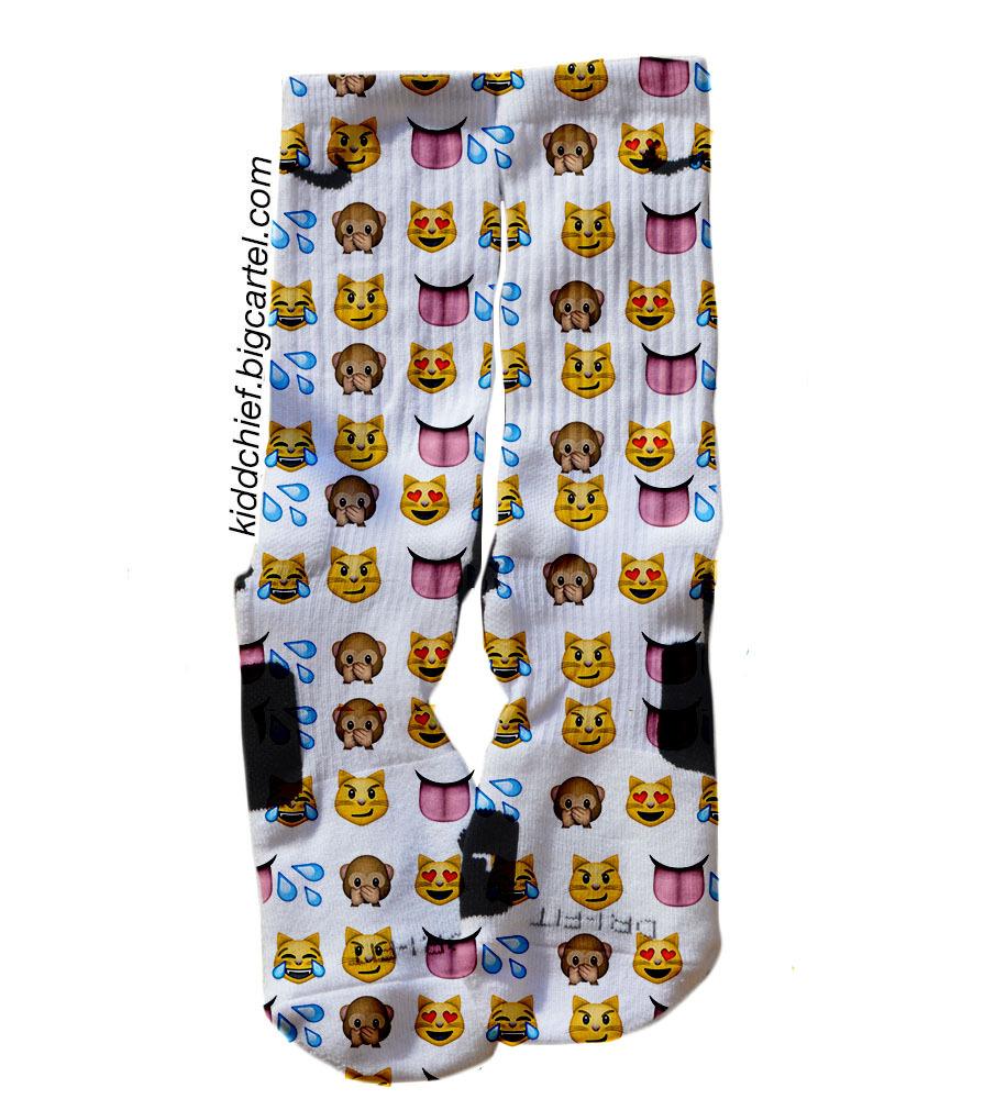 emoji socks - photo #1