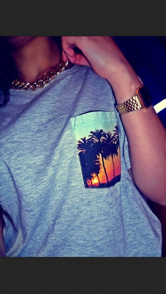 t-shirt sunset girl palm summer tank top crop tops indian vintage girly shirt summer outfits summertime beach tshirt tropical gold chain gold chain and tshirt where to get this shirt? summer 2k14 jewels palm tree print