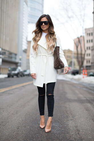 mia mia mine blogger coat maria vizuete top jeans shoes sunglasses