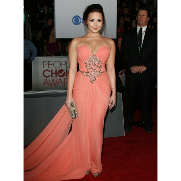 Demi lovato pink strapless prom dress 2012 people's choice awards red carpet