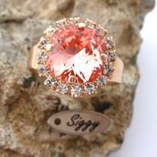 jewels,siggy jewelry,swarovski,ring,cocktail ring,peach,light peach,rose peach,halo ring,swarovski ring,adjustable ring,fashion,style,bridal,bridesmaid,sparkle,glamour,fashionista,etsy,etsy seller,fashion blogger,best gifts,gift ideas,holiday gift,anniversary,mothers day gift idea,De compras,bodas