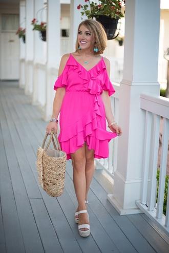 something delightful blogger dress bag shoes jewels