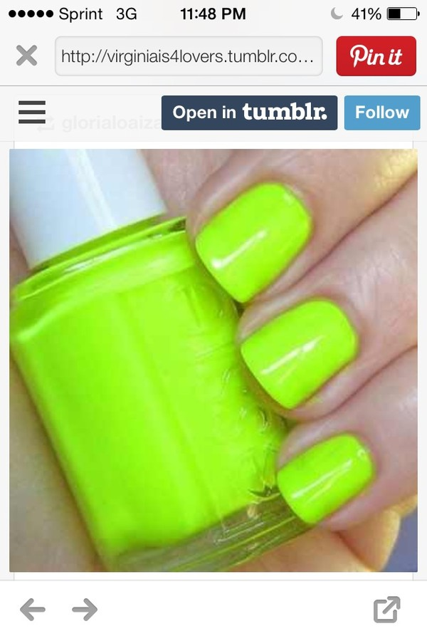 nail polish essie what color is it