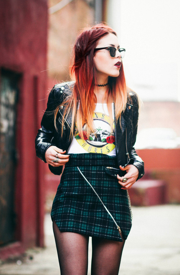 le happy skirt t-shirt jacket shoes plaid skirt