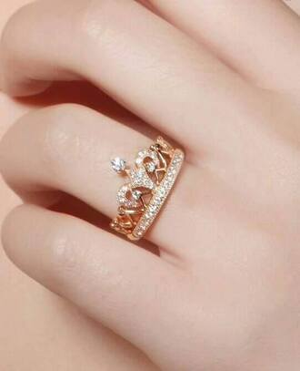jewels ring queen gold diamonds old fashion