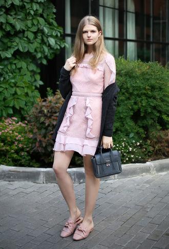 white rabbit dreams blogger cardigan dress bag