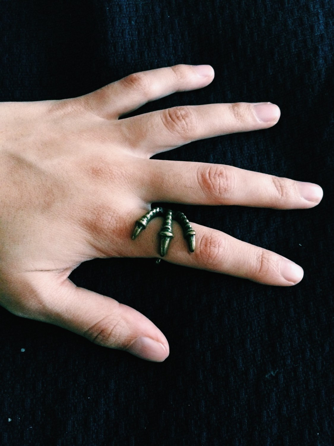 New bronze vintage retro style punk eagle bird claw talon ring rings diameter 1.7cm; circunference 60mm