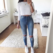 shirt,top,white,jeans,blue,outfit,knitted crop top,crop tops,white crop tops,white top,ripped jeans,blue jeans,outfit idea,high waisted jeans,knitwear,long sleeves,cute,girly,tumbl,denim,fashion,adidas,brunette,sweater,skinny jeans,jumper,lace,cotton,wool,pattern
