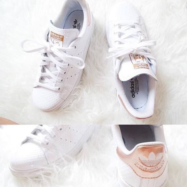 best website 85726 ae29d adidas Originals Stan Smith White & Gold Toe Cap Trainers at asos.com