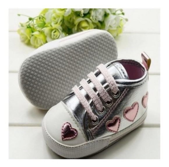 cute pretty shoes silver sneakers a beautiful heart hearts, love, baby, girly, children differents sizes,