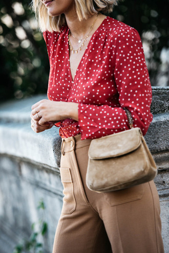 shirt tumblr red shirt v neck minimalist jewelry bag nude bag pants nude pants high waisted pants polka dots fall outfits office outfits mini bag