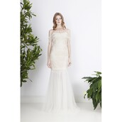 dress,vogue,appliques,dreamy ball gown strapless,long sleeves,daisy