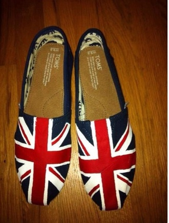 shoes englandflag flag london cute toms blue white red kawaii lovely cute shoes union jack england grunge comfy