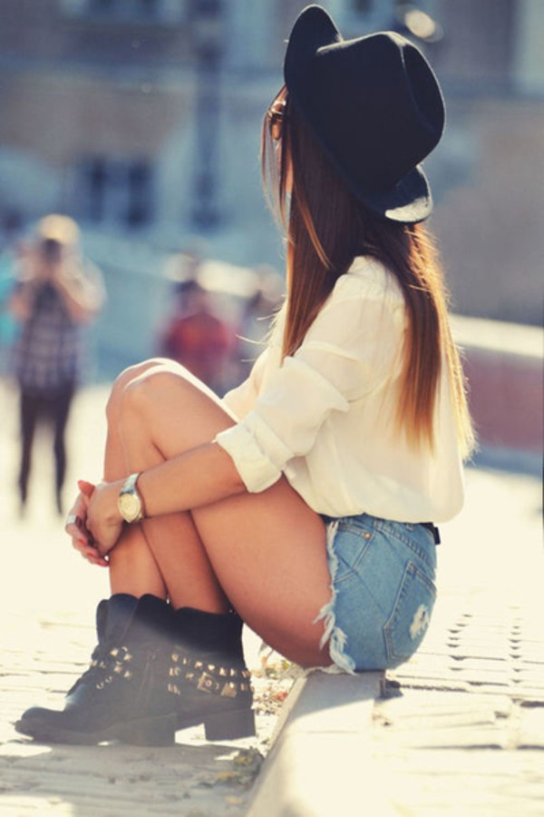 shoes blouse hat boots black studds shorts hat outfit hats and beanies