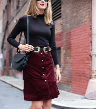 the classy cubicle blogger skirt top belt bag shoes sunglasses double buckle belt suede skirt burgundy skirt button up skirt black belt black top long sleeves black bag shoulder bag structured bag fall outfits