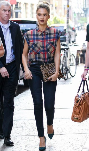jessica alba blouse shoes