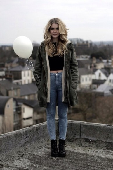 my daily style jeans coat shoes pants fashion cool girl style fashion coolture she wears fashion fashion addict jeans pants white crop tops t-shirt