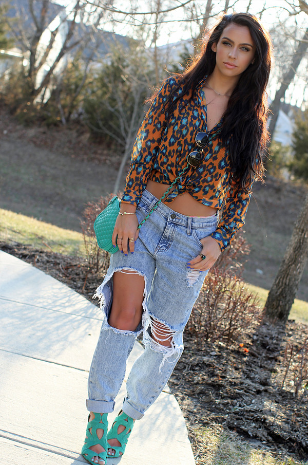blouse leopard print jeans karlie blogger boyfriend jeans ripped jeans ripped jeans shirt top