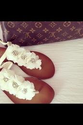 shoes,flowerdress,white,glitter,diamonds,sandals
