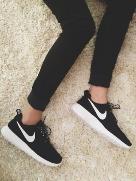 black nike running shoes tumblr. nike running shoes sneakers black roche run white tumblr o