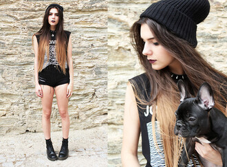 shirt shoes it girl shop black beanie goth goth hipster shorts street goth lookbook blogger all black everything casual