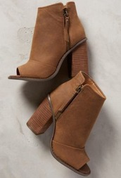 shoes,ankle boots,leather,brown,heels,suede boots,booties,camel