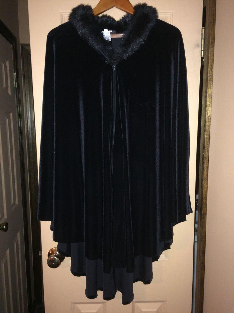Alex evenings black velvet cape with fur collar