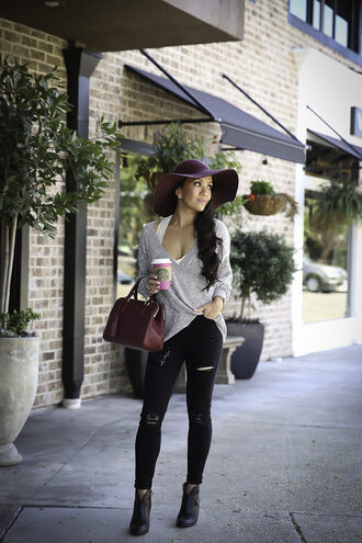 stylish petite blogger sweater jeans shoes bag hat jewels fall outfits floppy hat handbag ankle boots black jeans