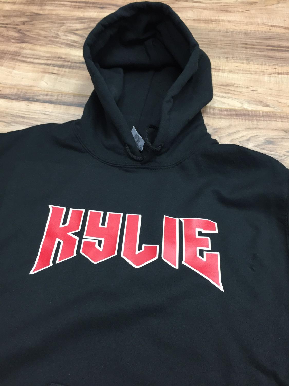 kylie jenner hoodie kylie scriped hoodie kylie shop. Black Bedroom Furniture Sets. Home Design Ideas
