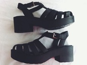 shoes,grunge,grunge shoes,platform shoes,platform sandals,black chunky sandals,black boots,black,black sandals,sandals,summer,caged,cute,white,black shoes