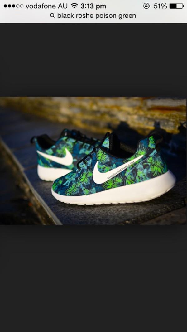 Nike Roshe Run Floral Print Space Blue Poison Green