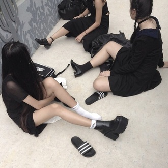 shoes black heels campbells platform shoes dark grunge aesthetic tumblr black addicted soft grunge pale grunge