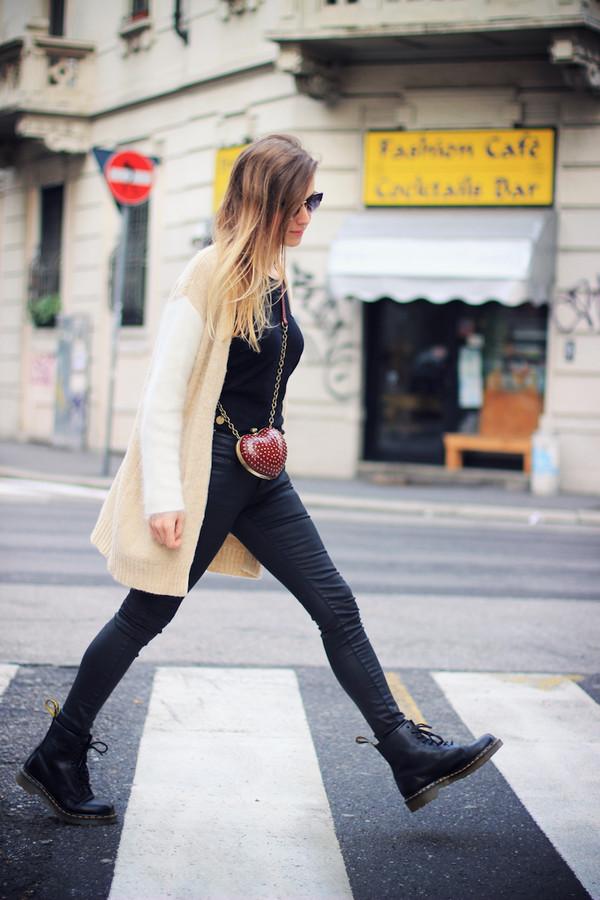 fashion quite sweater t-shirt pants bag sunglasses jewels shoes