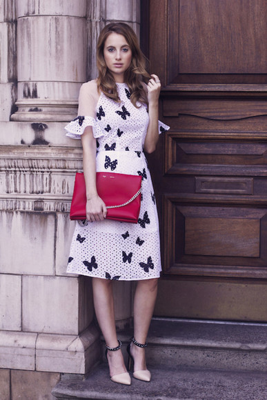 dress butterfly jewels bag blogger at fashion forte cut-out dress heels