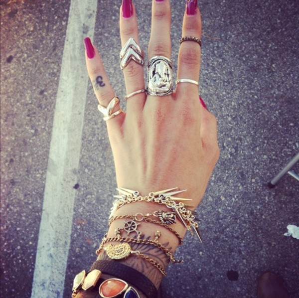jewels ring bracelets stones spikes