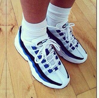 shoes nike shoes nike air max sneakers nike sneakers kicks white blue old school socks