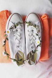 jewels,daisy crown,converse,orange,hippie,peach,coral,flower crown,festival,sweater