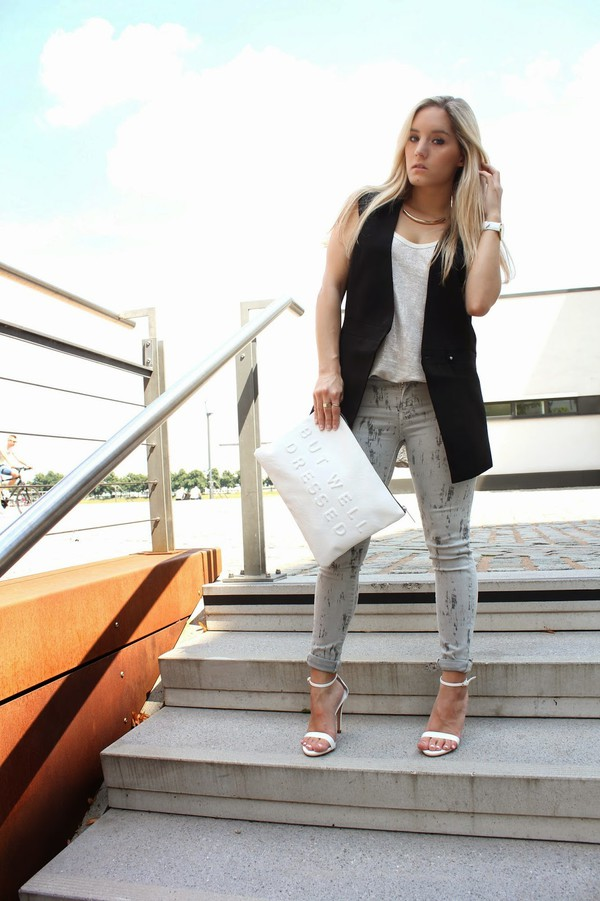 fashion twinstinct jacket jeans top shoes bag jewels