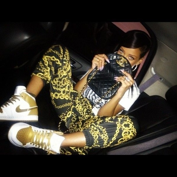 pants chain rihanna chanel gold shoes wheretoget