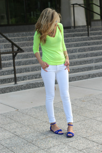 lilly's style sweater jeans shoes bag jewels sunglasses
