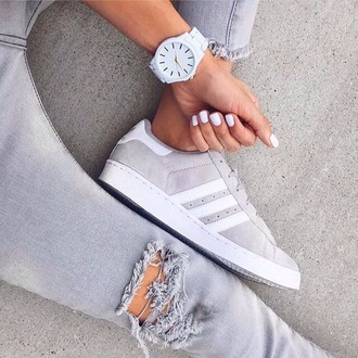 shoes grey sweater white adidas black dress grey adidas originals name of shoe adidas shoes adidas superstars superstar nude jewels sneakers white shoes watch tumblr swag cute light grey grey sneakers low top sneakers suede sneakers style love nails ripped jeans