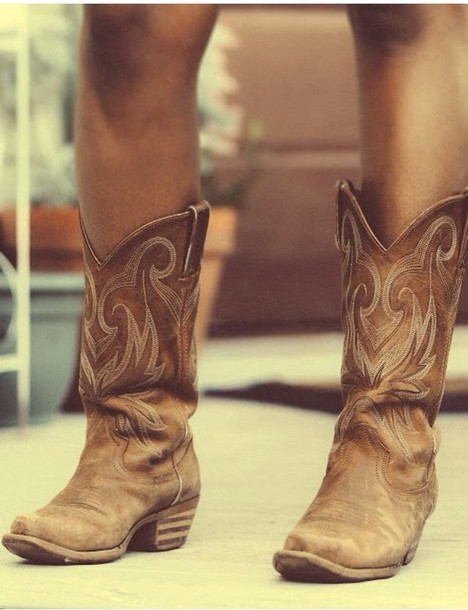 shoes cowgirl boots cowboy boots style clothes fashion cute shoes boots