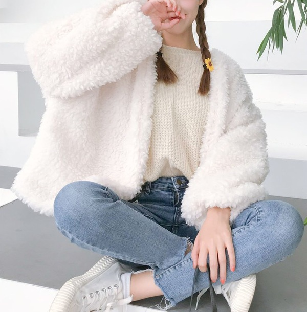 coat girly white fur fur coat fur jacket tumblr