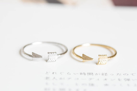 Arrow knuckle ring/knuckle ring/adjustable by lettersearring